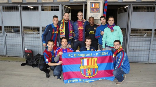 Inauguration du badge de la penya sur le Camp Nou